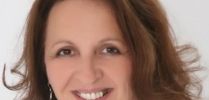 Jacqueline Winstanley head and shoulders