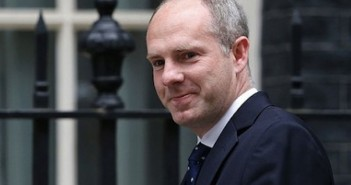 Justin Tomlinson in Downing Street