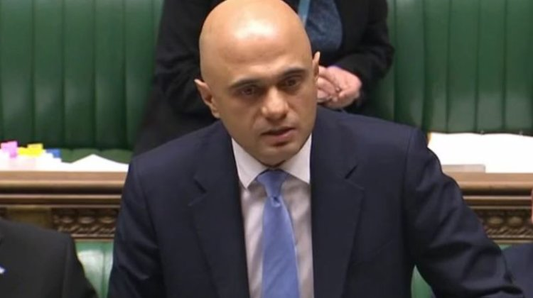 DWP 'hypocrite' ministers refuse to be held to same safety standards as social media