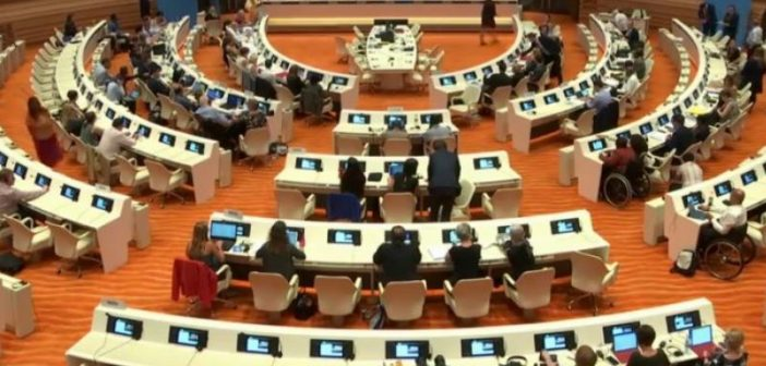 An overhead view of the delegates in the chamber in Geneva