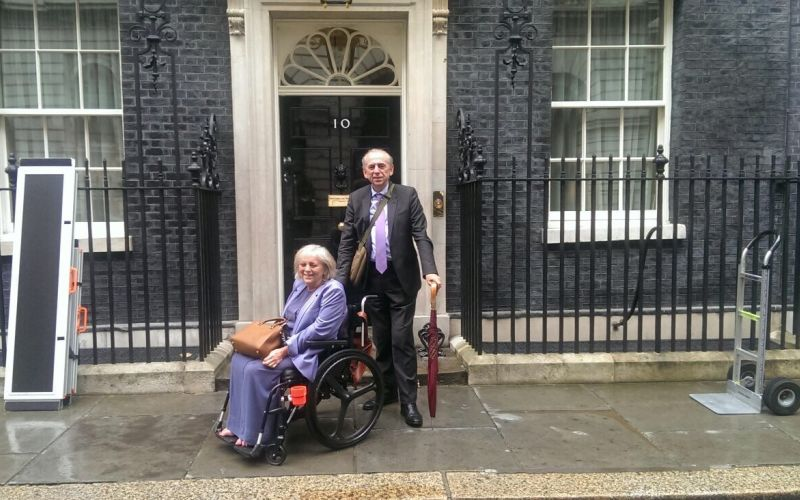10 downing street wins access award despite steps to for Front door 10 downing street