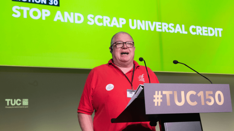 TUC piles pressure on Labour with vote to scrap universal credit