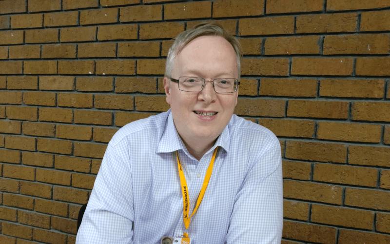 David Buxton head and shoulders