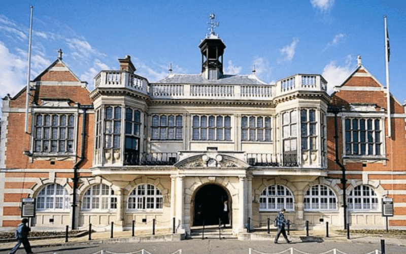 FRont entrance of Hendon town hall