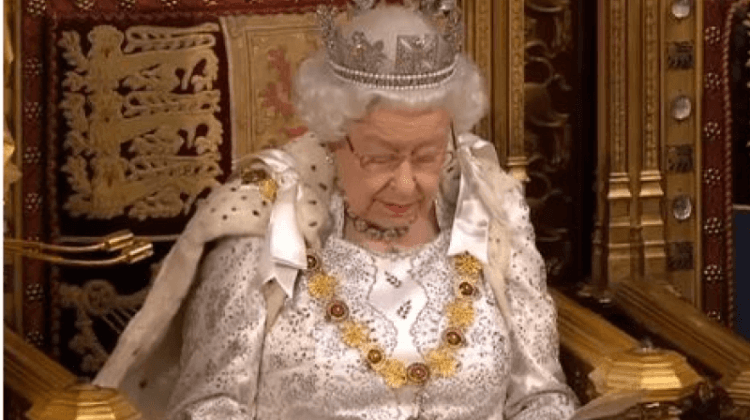 Queen's speech social care pledge 'is waffle and a smokescreen'