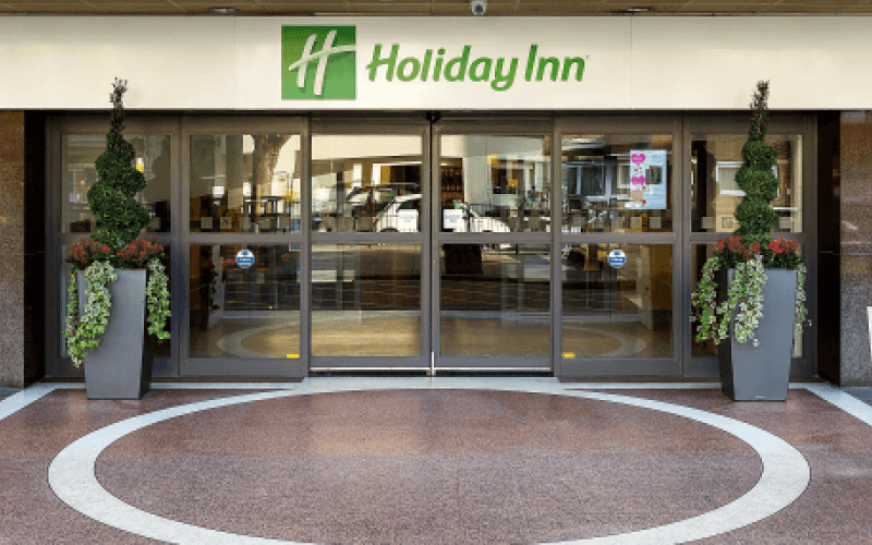 Entrance of Bloomsbury Holiday Inn